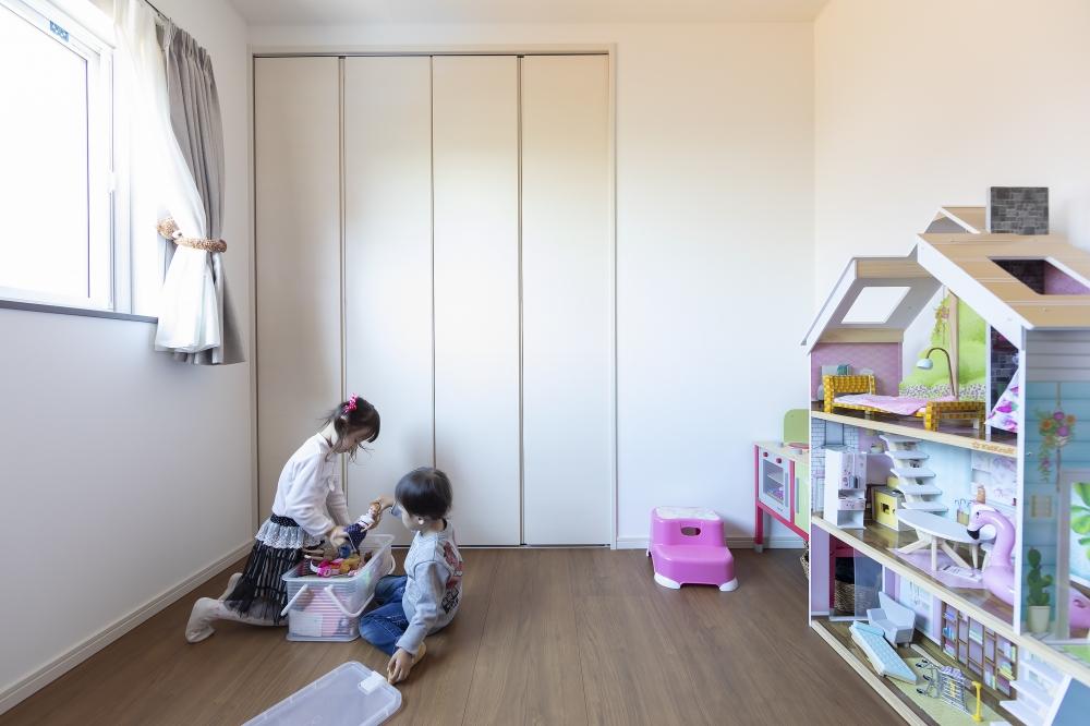 長女の部屋 -  -  -