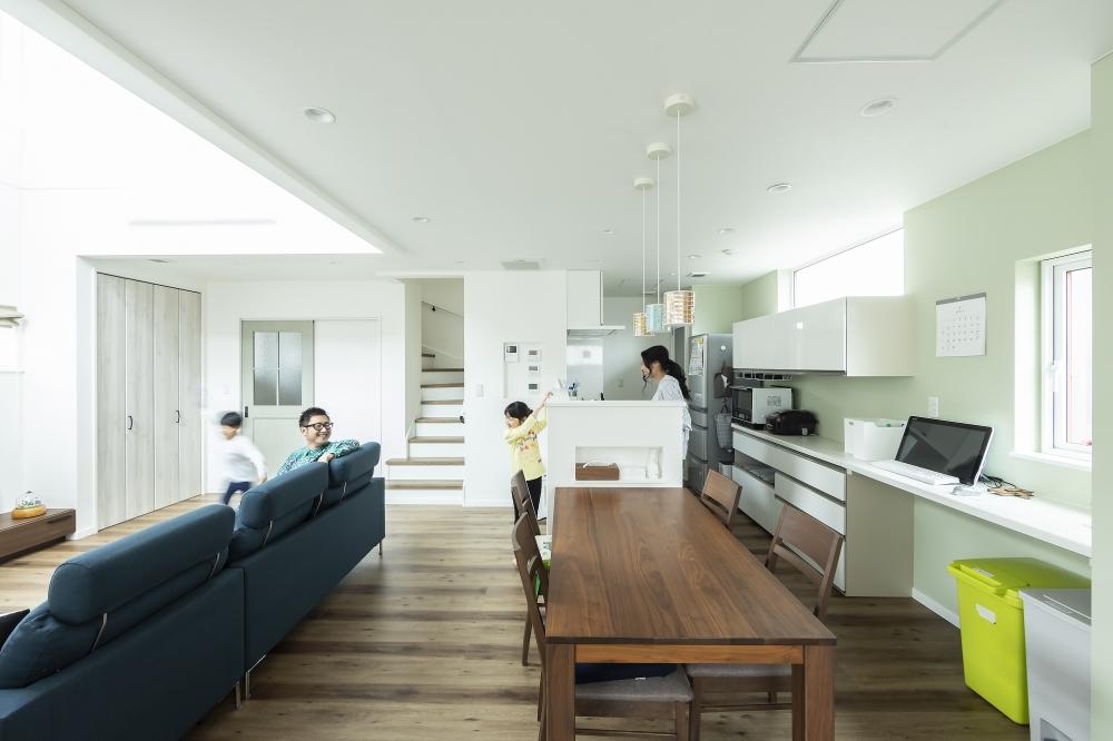 ↑コチラをクリック - ホクトホームでは、A様邸のようなナチュラルモダンをはじめ、シンプルでかっこいい家、木の温もりを感じる家、など、デザインも希望に合わせて対応できます。プランや見積もりのこと、お気軽にご相談ください。 -  -