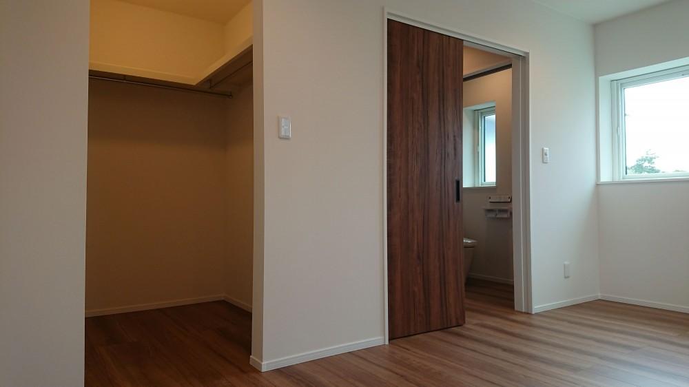 主寝室(7.5)とWIC(2) -  -  -