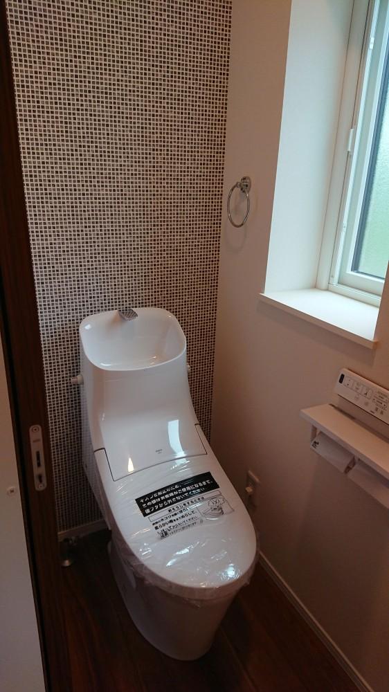 2階トイレ -  -  -
