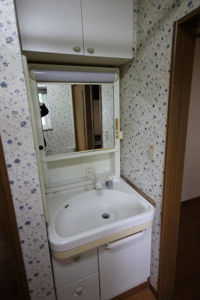 洗面化粧台(UT) -  -  -