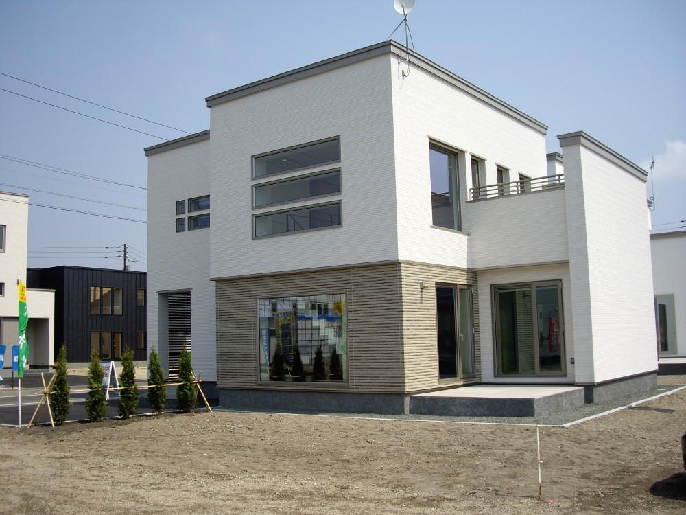 モデルハウス - 入居済 -  -